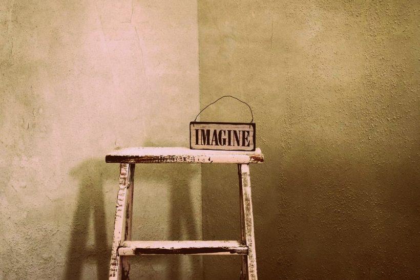 5 τρόποι να ενισχύσουμε τη φαντασία μας ως ενήλικες