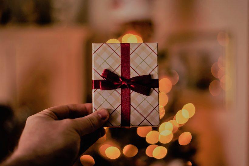 Παίρνεις δώρο αν η γιορτή πέσει στη φάση που πρωτοβγαίνετε;