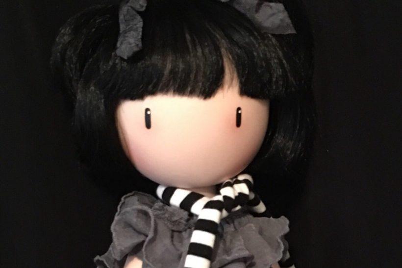 Η ιστορία πίσω απ' τις κούκλες Santoro δεν είναι αυτή που νομίζεις