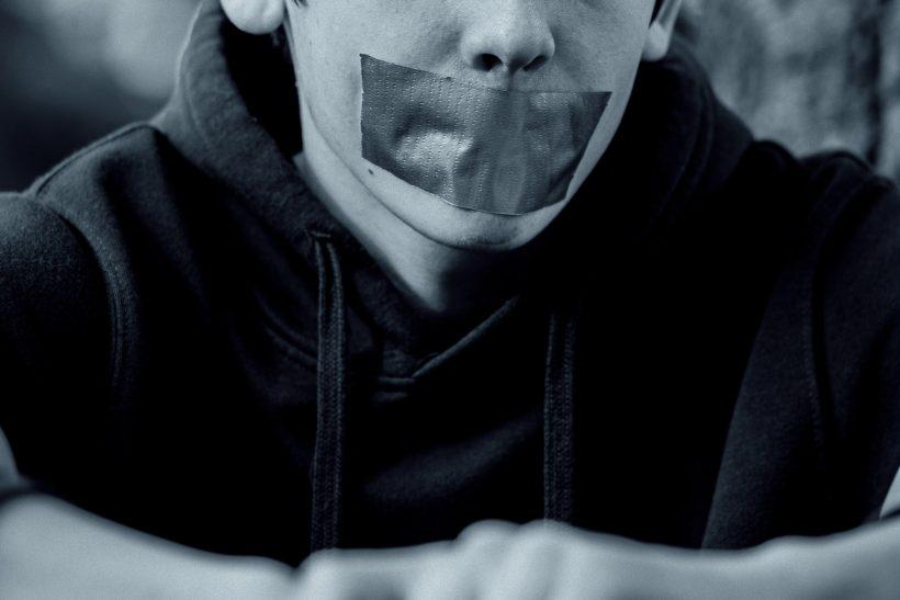 Όταν μιλάς για ελευθερία λόγου πρέπει και να την απαιτείς!