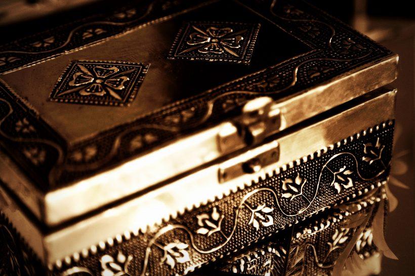Το κουτί της Πανδώρας· από τη μυθολογία στο σήμερα