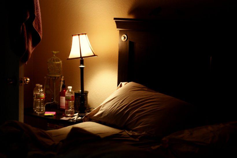 Σκέψεις που σε κρατάνε ξύπνιο είναι άλυτα ζητήματα