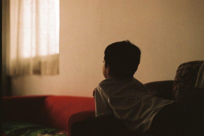 Πώς συνδέονται τα θέματα εμπιστοσύνης με την παιδική μας ηλικία;
