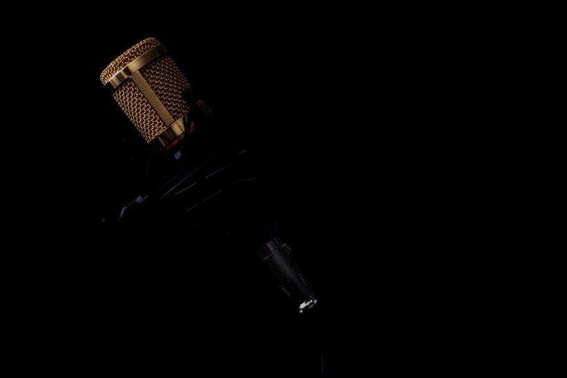 Web radio· χωρίς κανόνες κι αφεντικά μόνο με μουσική