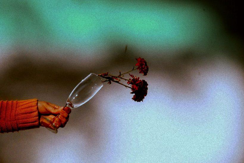 4 πράγματα που σε οδηγούν στο να μην ευχαριστιέσαι τίποτα