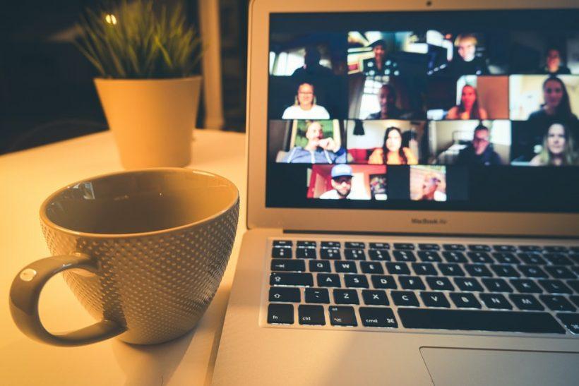 Ποιο είναι το savoir vivre των online μαθημάτων;