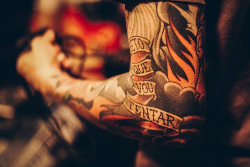 Η ιστορία πίσω απ' τα Old School Tattoos