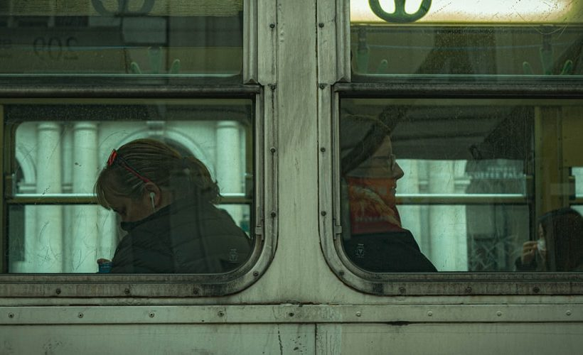 Μελαγχολία και θλίψη: Ποιες οι διαφορές τους και γιατί τις μπερδεύουμε