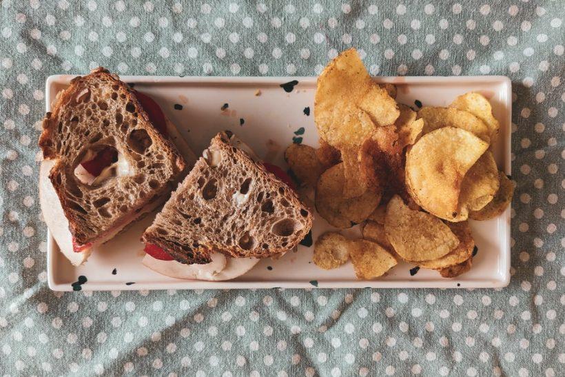 Tροφές με «κρυφές θερμίδες» που δε βοηθούν τη διατροφή σου