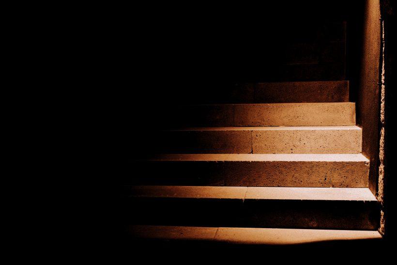 Όταν ο Καβάφης μίλησε για «το πρώτο σκαλί» που ανεβαίνουμε όλοι