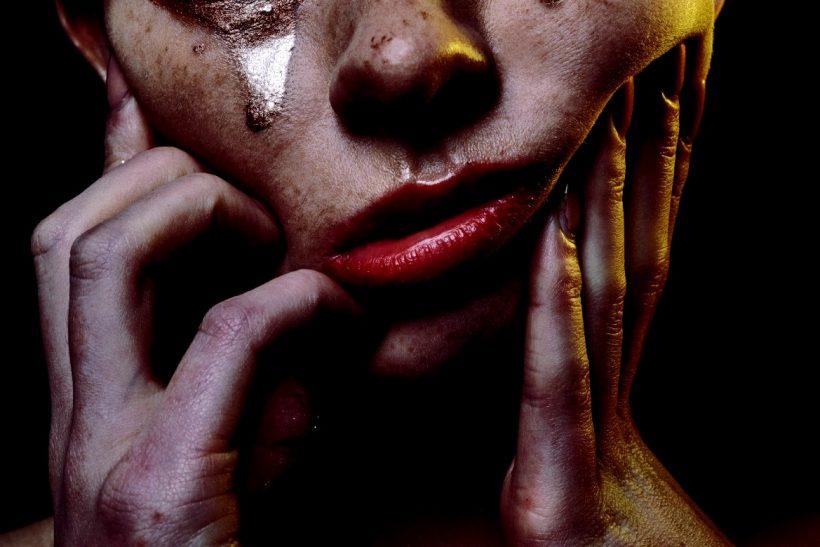 Επαφή με κλάμα· η λυτρωτική;